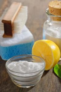 Productos de limpieza naturales - Vinagre, bicarbonato y limón